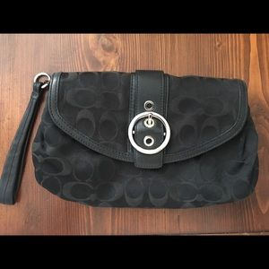 Coach Ali Signature Clutch Wristlet Black